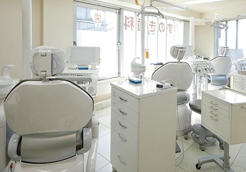 清潔感のある診察室