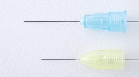 最も細い注射針(33G)